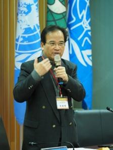 前臺南縣縣長蘇煥智律師呼籲,稅捐是球員兼裁判的體系,我們要打破讓稅捐的裁決交由法院。